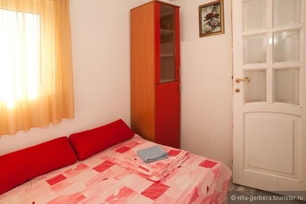 красная спальня на 1 человека.jpg