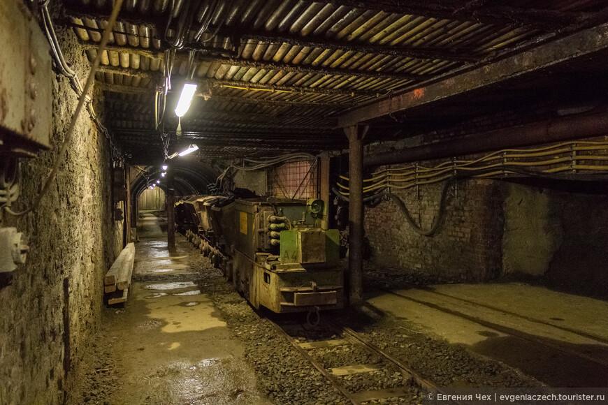 В 20 веке с появлением электричества стали возможны маленькие поезда с вагонетками.