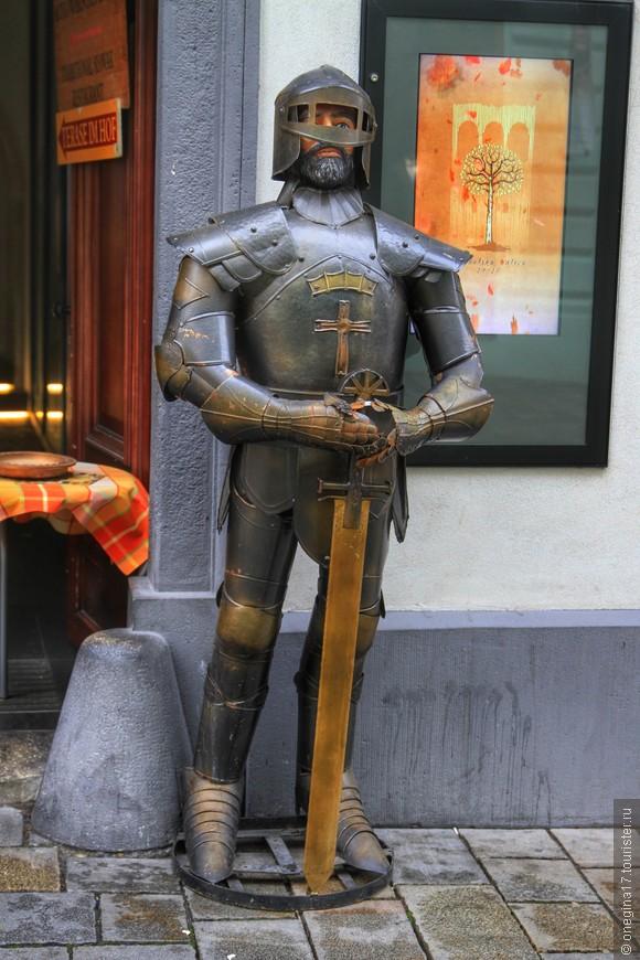 Рыцарей в Братиславе много, всем хвтит!