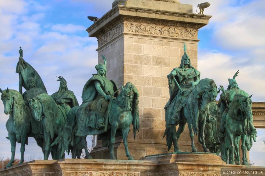 Площадь Героев. Национальные герои Венгрии.