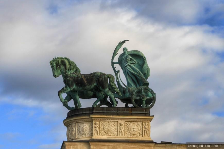 Фрагмент памятника Тысячелетию.