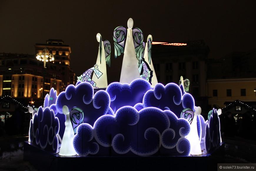 Город Ангелов на Театральной площади