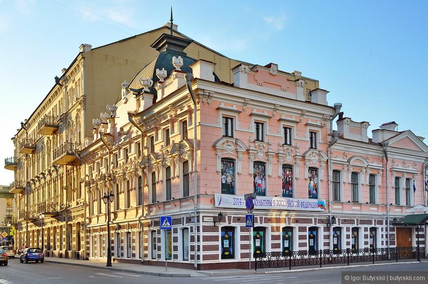 14. Астраханский государственный театр кукол (Астраханский театр кукол) — кукольный театр основанный в 1986 году.