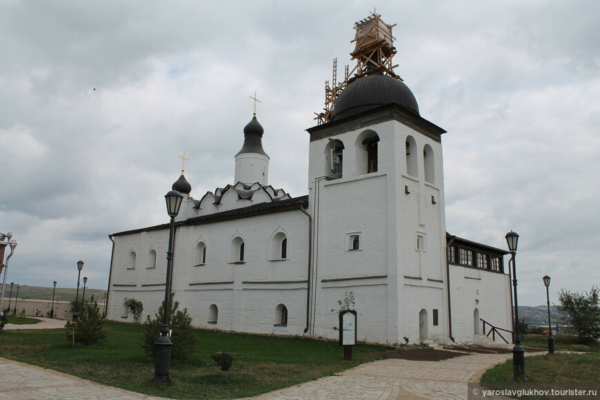 Сергиевская церковь.