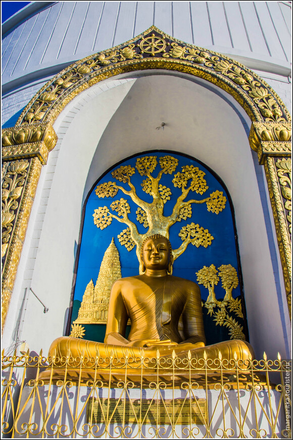 «Лумбини» дар буддистов из Непала .