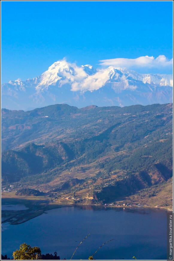 Annapurna South - 7.219 m Annapurna I - 8.091 m Hiunchuli - 6.441 m