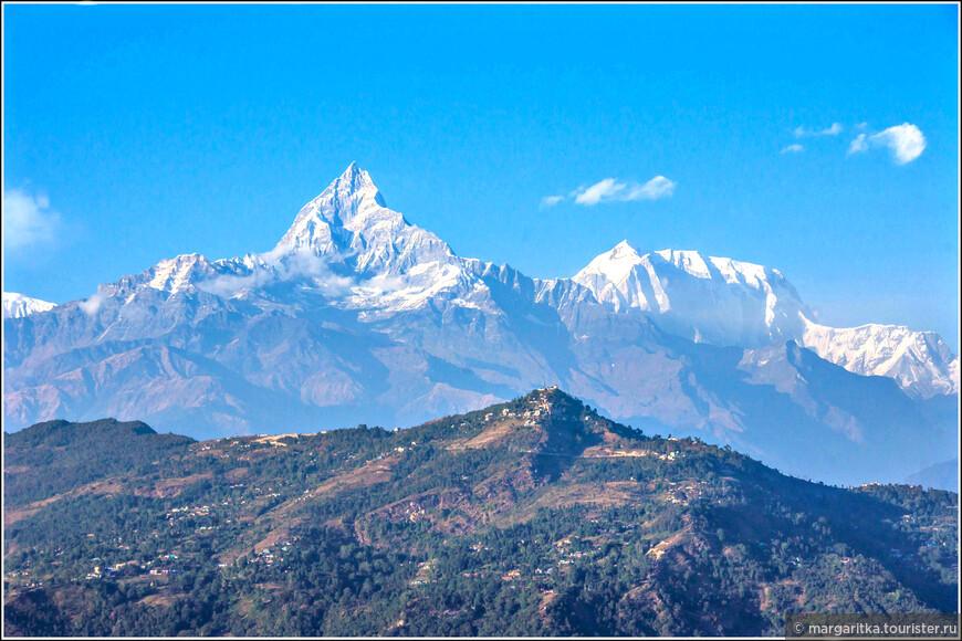 Аннапурна, она же - Machhapuchhre - 6.997 m Gangapurna - 7.455 m Annapurna III - 7.555 m Rani Kharka - 4.642 m