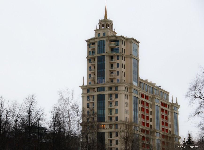 ...... с другой стороны не менее современная архитектура