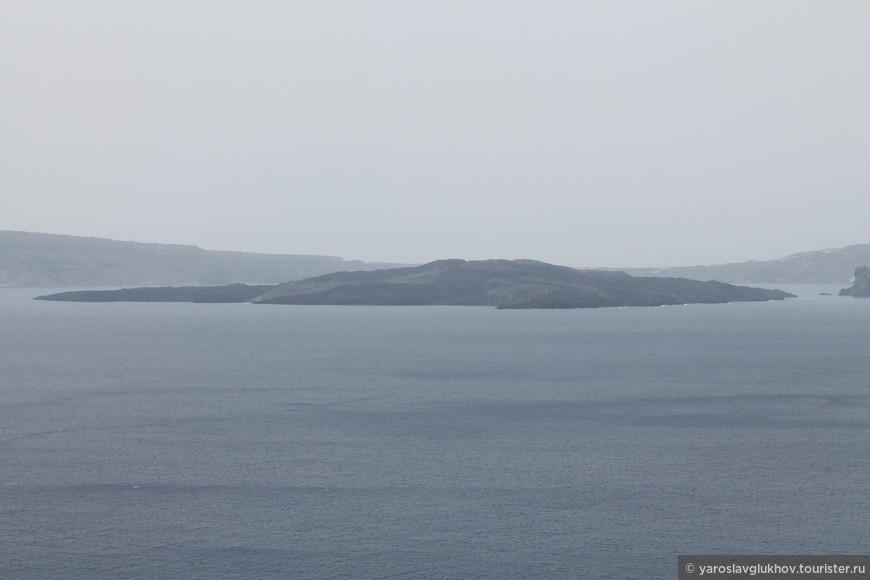 Остров Неа-Камени.