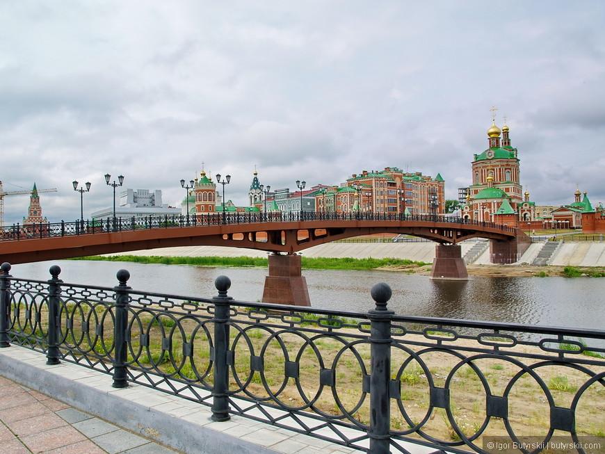 08. Воскресенский мост. Полная длина моста составляет 115 метров.