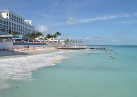 Солнце,море,волны,пляж-замечательный пейзаж!