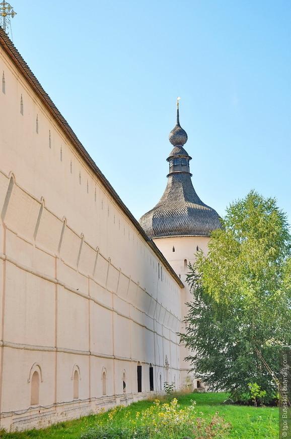 09. Один из немногих кремлей которые мне понравилось обходить снаружи. Отличные виды.