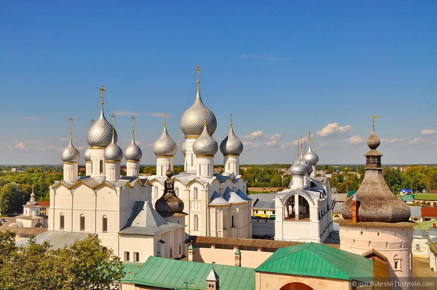 34. Лучшие виды на кремль открываются с речных (озерных) прогулок, но для этого нужно больше времени.