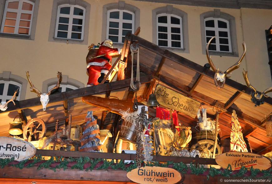 Рождественские базары - главная зимняя достопримечательность Германии. По всей стране их насчитывается несколько тысяч.