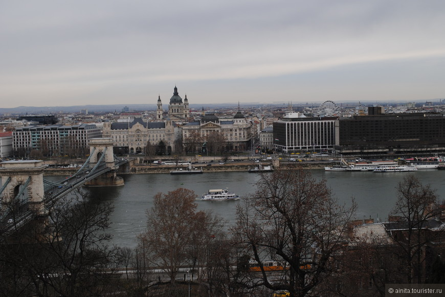 Вид со смотровой площадки Рыбацкого бастиона.