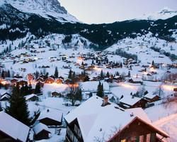 Британская фирма отказалась принимать заказы на отдых в Швейцарии от граждан РФ