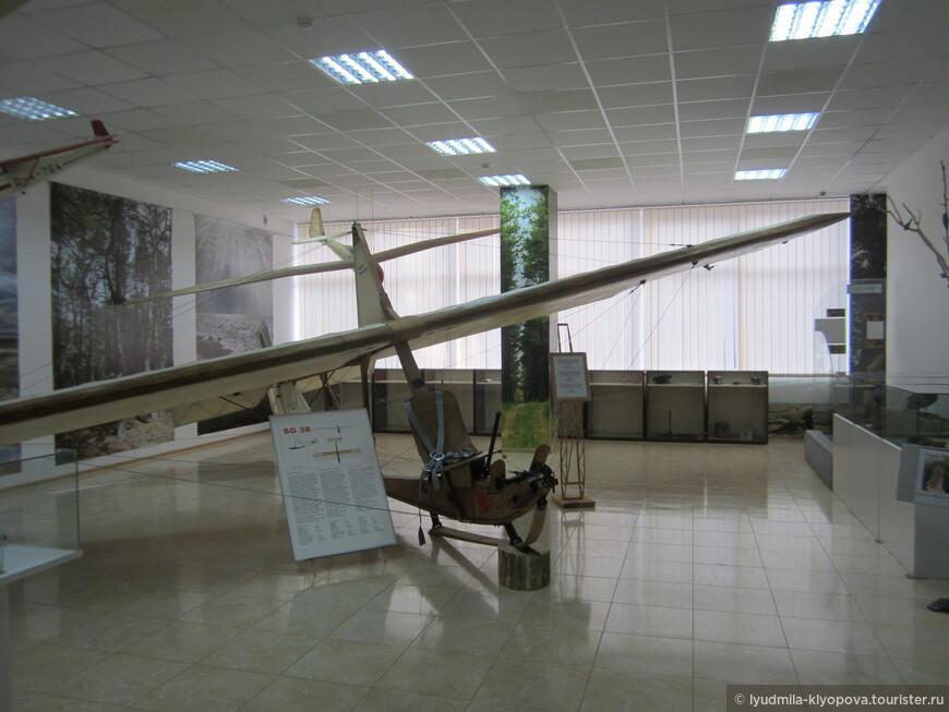 В Музее Куршской косы истории планерной школы посвящена экспозиция в большом зале.