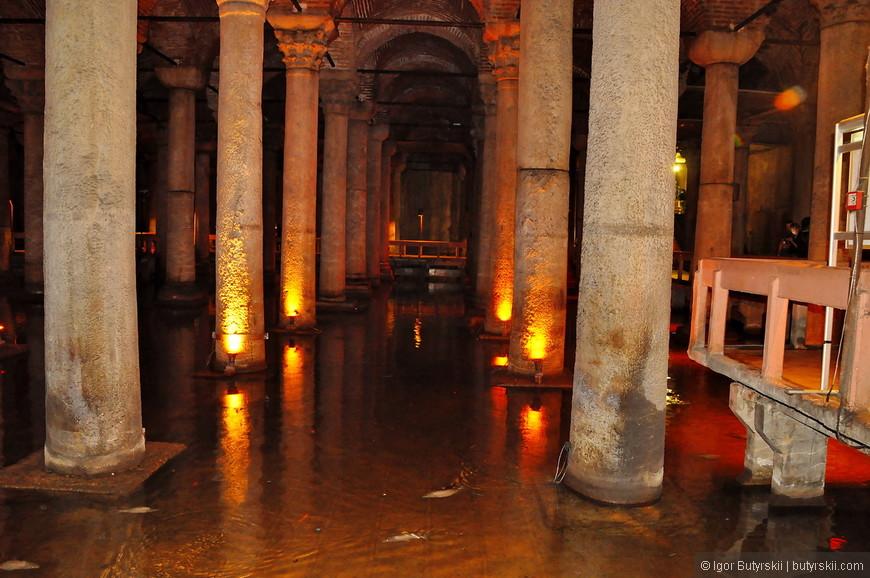 04. Цистерна активно использовалась до XVI века, впоследствии водохранилище было заброшено и сильно загрязнено, и только в 1987 году в очищенной Цистерне открылся музей.