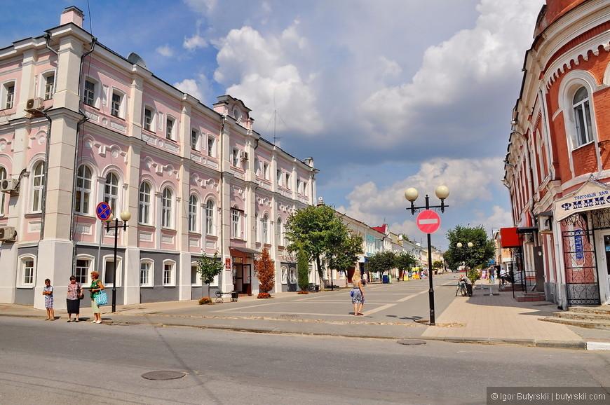 12. Отсюда пешеходная улица выглядит особенно хорошо, приятное место.