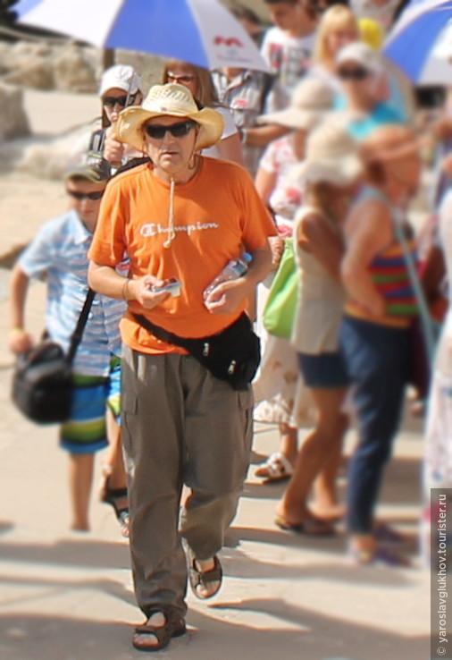 Турист в Кносском дворце.