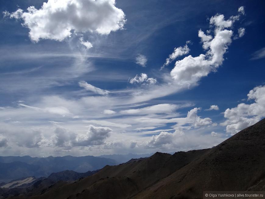 Обратная дорога из Нубры в Лех... Какое-то совершенно невероятное небо!!!