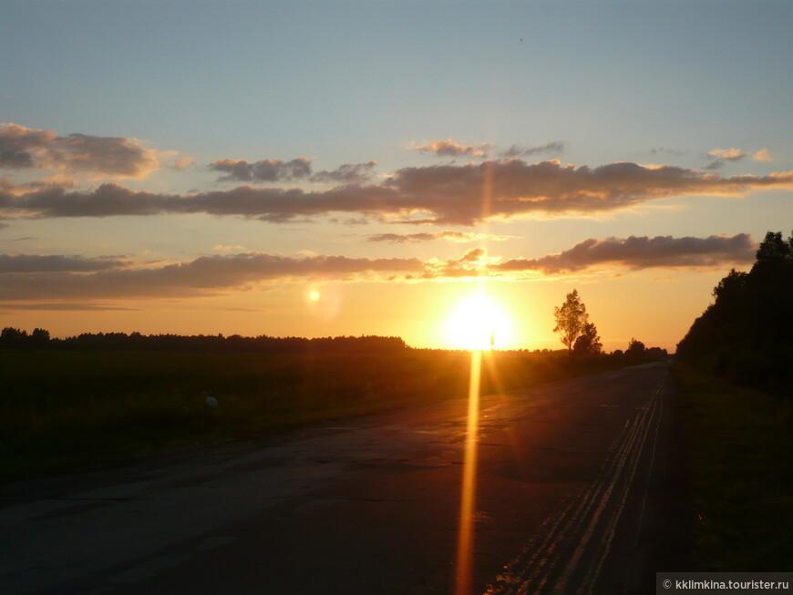 Россия. д. Ульяново. Закат. Наши русские закаты все таки одни из самых красивых закатов в мире!