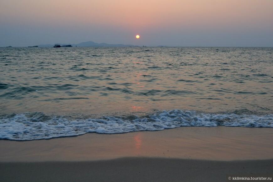 Таиланд. Паттайя. Закат. 2014 год.