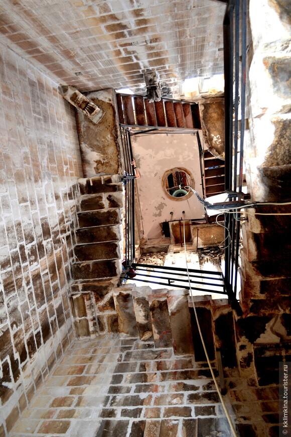 Лестница на колокольню.