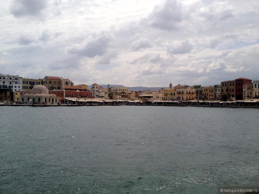 Этот чудесный город никого не оставит равнодушным. Трудно не влюбиться в средневековый порт, вокруг которого на набережной раскинулись различные ресторанчики и не похожие друг на друга венецианские домики