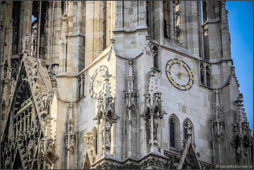 Строительство церкви заняло более 20 лет. Внутренняя отделка и окончание строительных работ продолжались еще шесть лет. После 26 лет строительства церковь была торжественно открыта 24 апреля 1879 г., в честь серебряной свадьбы императорской пары.