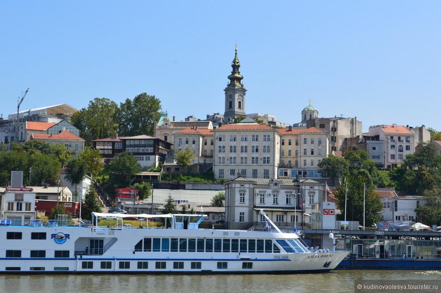 порт на Дунае - Белград, Сербия.