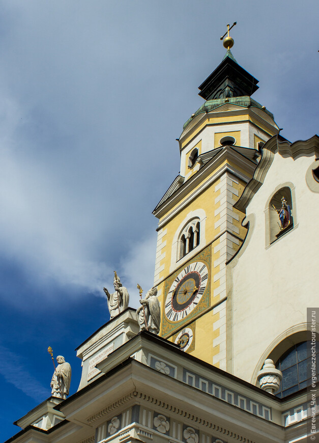 Элементы украшения Кафедрального собора.