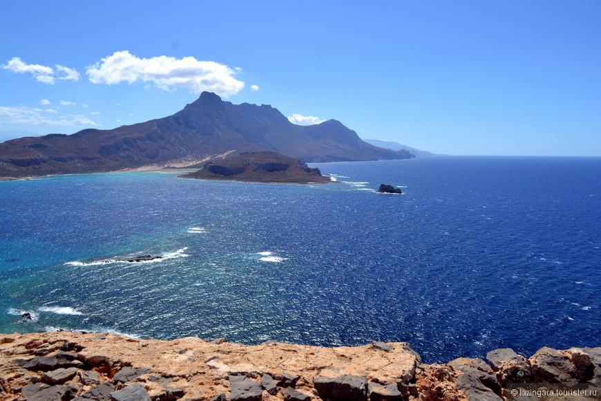 Так красиво, что невозможно поверить своим глазам! А вот за круглым островом находится настоящий райский уголок - бухта Балос