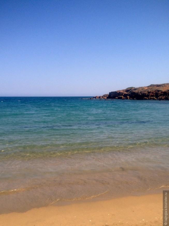 Пляж Агия Апостоли – это три очень симпатичных бухточки с песчаными пляжами и удобным входом в море. Пляж Агия Апостоли находится на северном побережье Крита к западу от полуострова Акротири