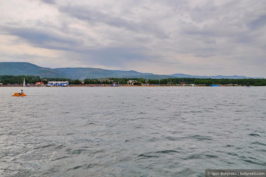 21. На территории озера расположились несколько санаториев, множество гостиниц и частных посёлков.
