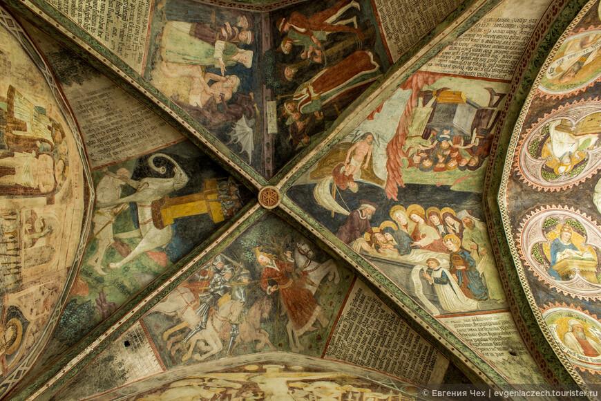 Эта фреска выполнена в 1450 Jakob von Seckau. Представлены сцены из Ветхого Завета, в том числе военный слон.