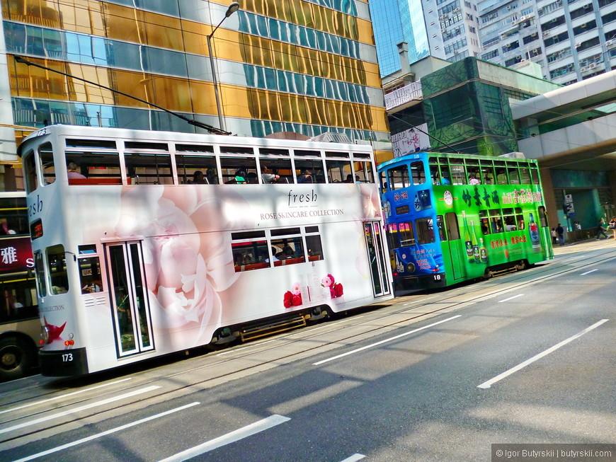 04. Легендарные двухэтажные трамваи, как и сто лет назад ездят по городу. Невероятно красивые и одни из главных достопримечательностей города!