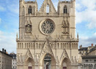 la-cathedrale-saint-jean-au-coeur-du-vieux-lyon-photo-joel-philippon.jpg