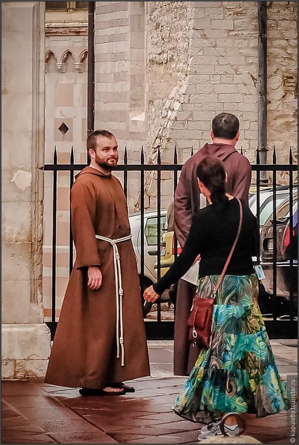 Удивительно, что кому-то вообще удается основать успешное движение на любви, мире и понимании... Но Франциск Бернардон смог сделать это в Умбрии 13 века, во  времена, когда страну раздирали на части войны и разруха...