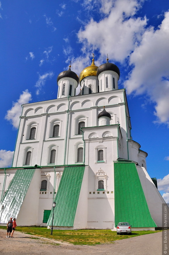 03. Сегодняшнее, четвёртое по счёту, здание собора было построено в 1699 году, на том же месте, где стояли предыдущие храмы.