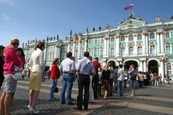 Заксобрание Петербурга рассматривает законопроект о налоге для иностранных туристов