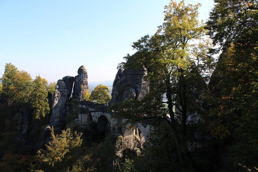 Бастай знаменит уже более 200 лет уникальным Бастайским мостом