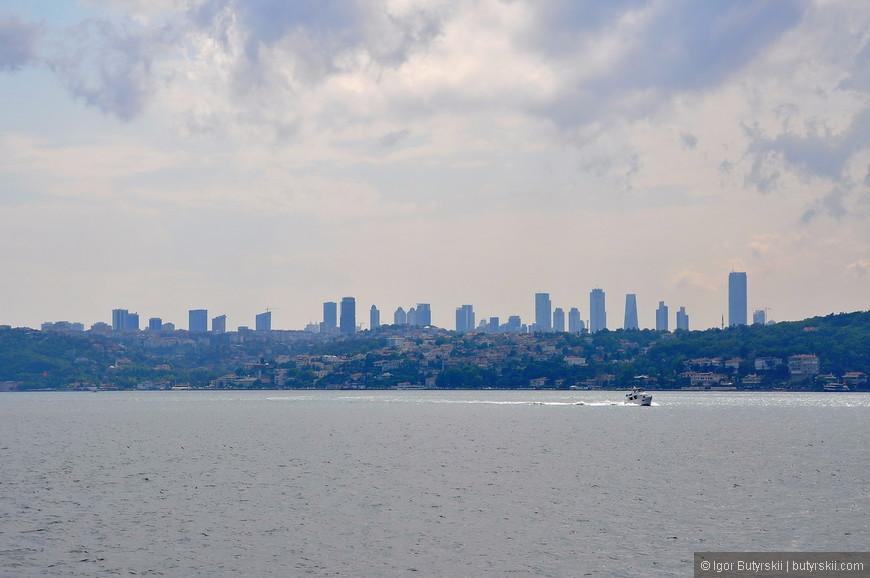 14. Скайлайн деловой части города, Стамбул на 2 месте по количеству небоскребов в Европе (после Москвы, конечно).