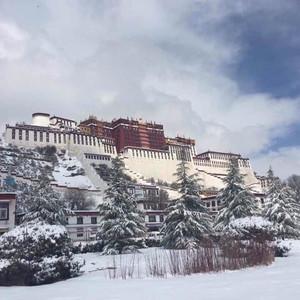 Прогулка по снежной Лхасе