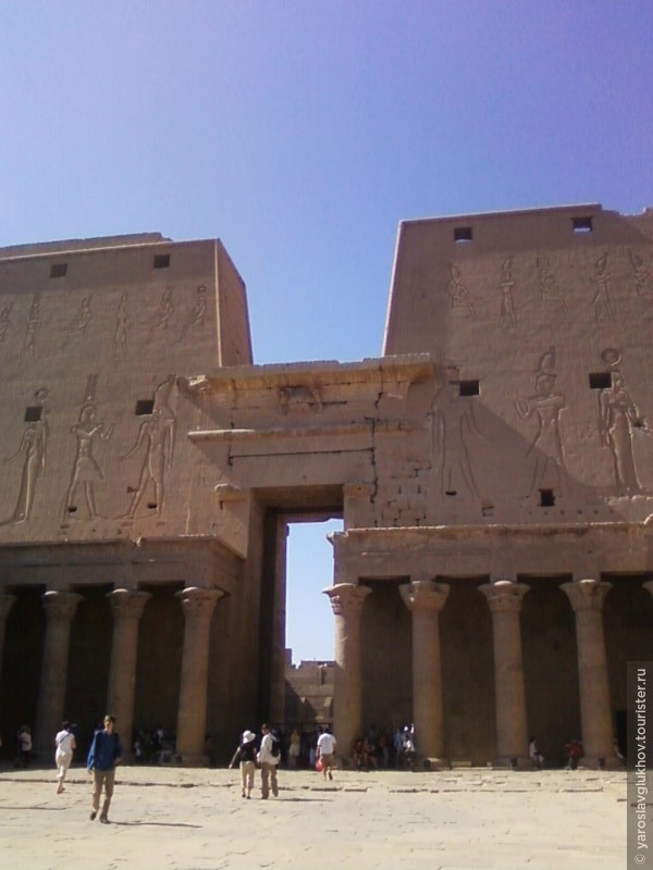 Храм Эдфу.