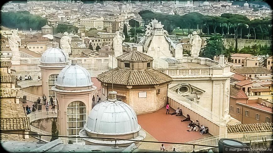 на крышах Ватикана.
