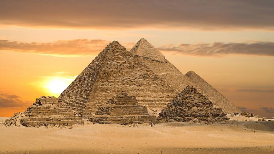 Egyptian Pyramids   Cairo Egypt Africa Wallpaper 1920X1080.jpg
