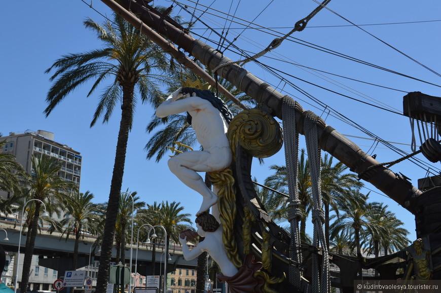"""Пиратское судно-галеон  """"Нептун"""", Старый порт, Генуя"""