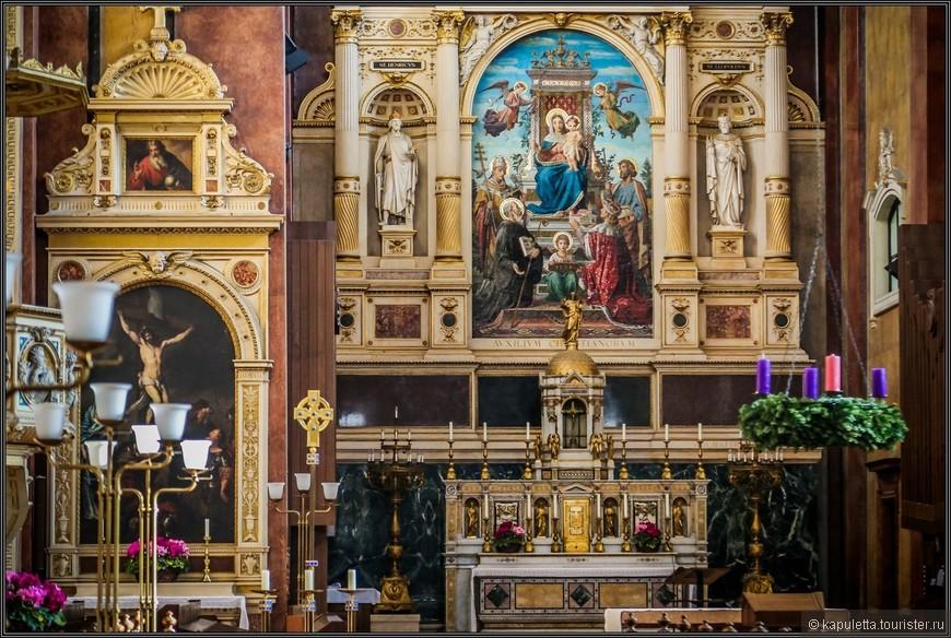 «Шотландский» монастырь, в котором сейчас открыта музейная экспозиция, находится на площади Фрайунг в самом центре Вены. В 1880 году храм отреставрировали. Генрих фон Ферстель создал новый алтарь.