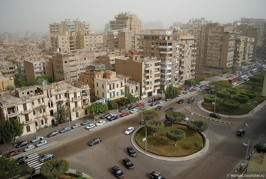 Вид на Каир из нашей гостиницы